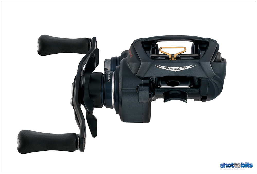 DAIWA STEEZ A TW HLC FRONT VIEW